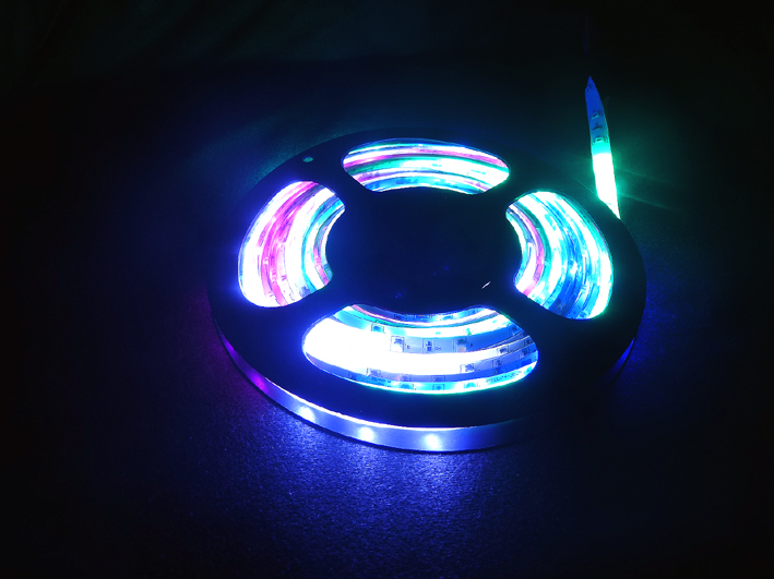led leuchtstreifen bunt 3528 rgb 6 farben 30091 c t. Black Bedroom Furniture Sets. Home Design Ideas