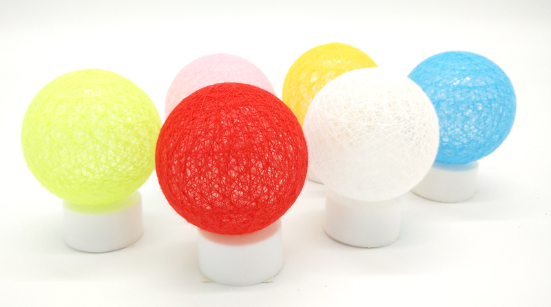 LED Lichtdeko Rattan Ball in 12er Display